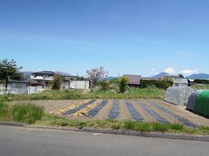140519茅野市泉野_分譲地28南側から分譲地.JPG