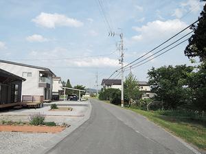 1602松川村_外26北側道路_西から東.JPG