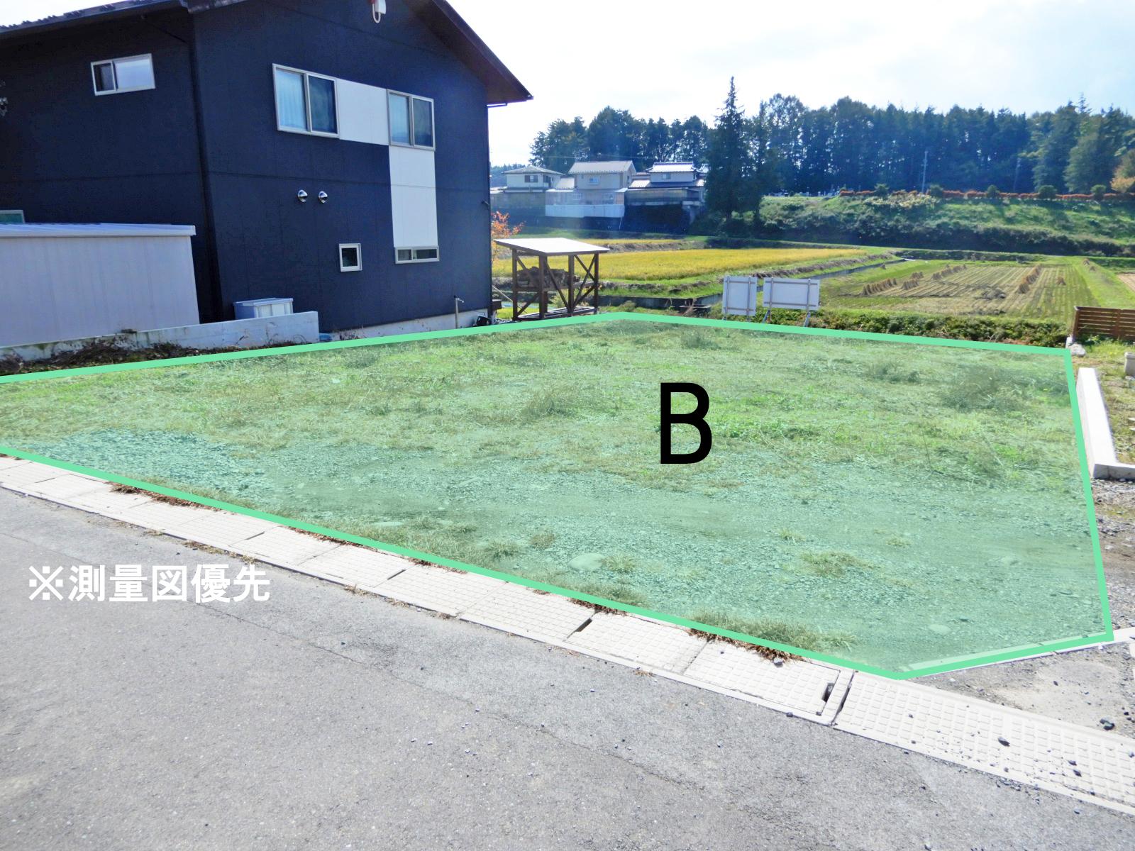 諏訪郡原村室内 B区画_アイキャッチ画像