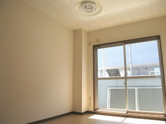 アパルタメントジアスB棟203号室_サブ画像01