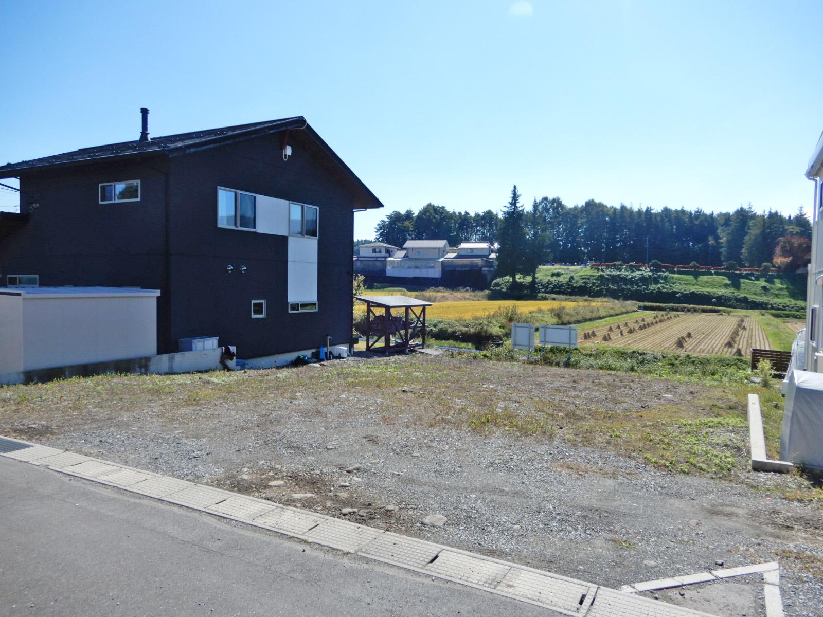 諏訪郡原村室内 B区画のアイキャッチ画像